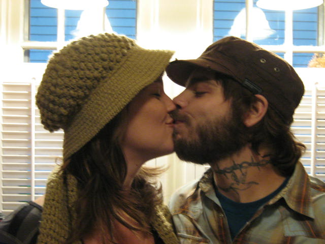 n&b kiss kiss