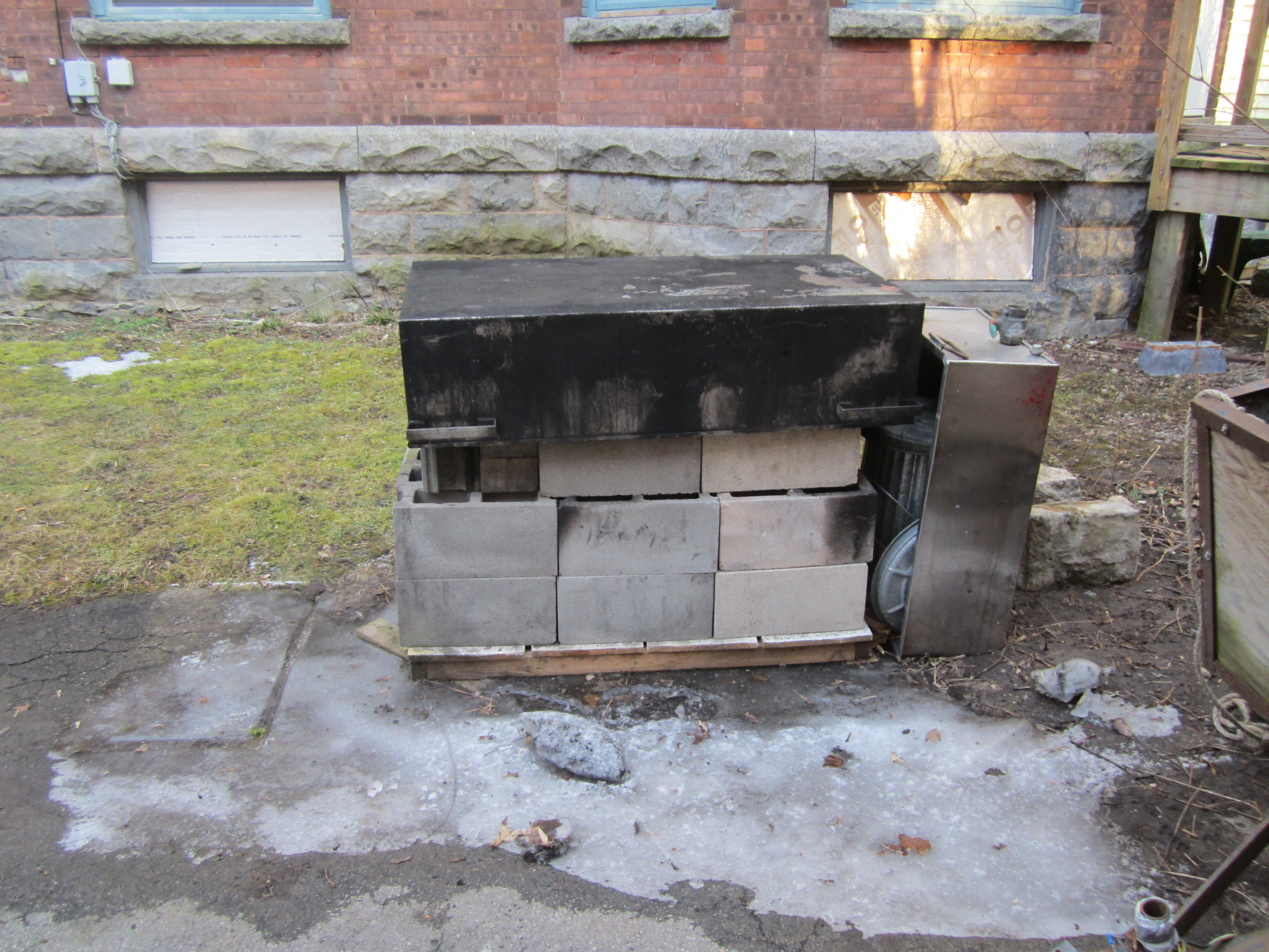 photo diary a temporary fireplace for making maple syrup u2013 from
