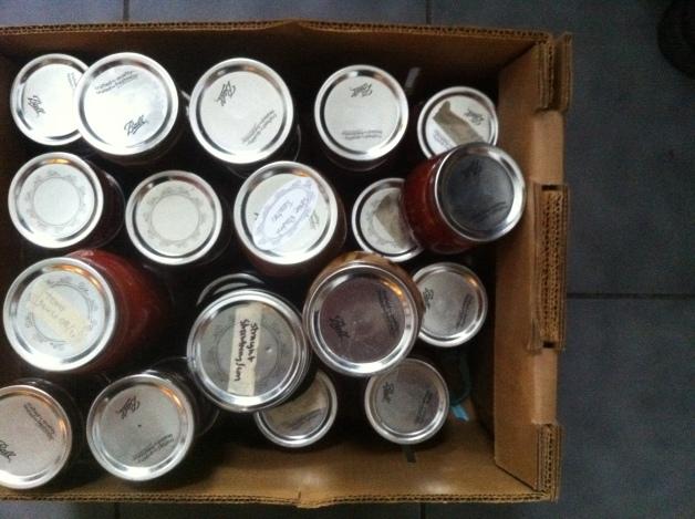 {LOOK!} food in jars