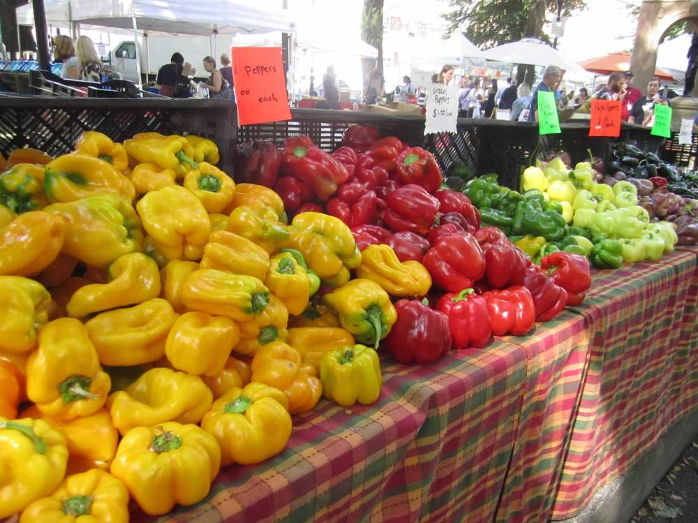 farmers market peppers2