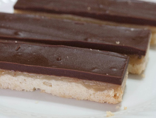 Homemade-Twix-Bars