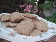 garden crackers