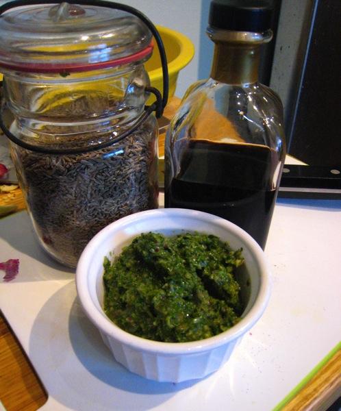 versaitle-green-sauce.jpg